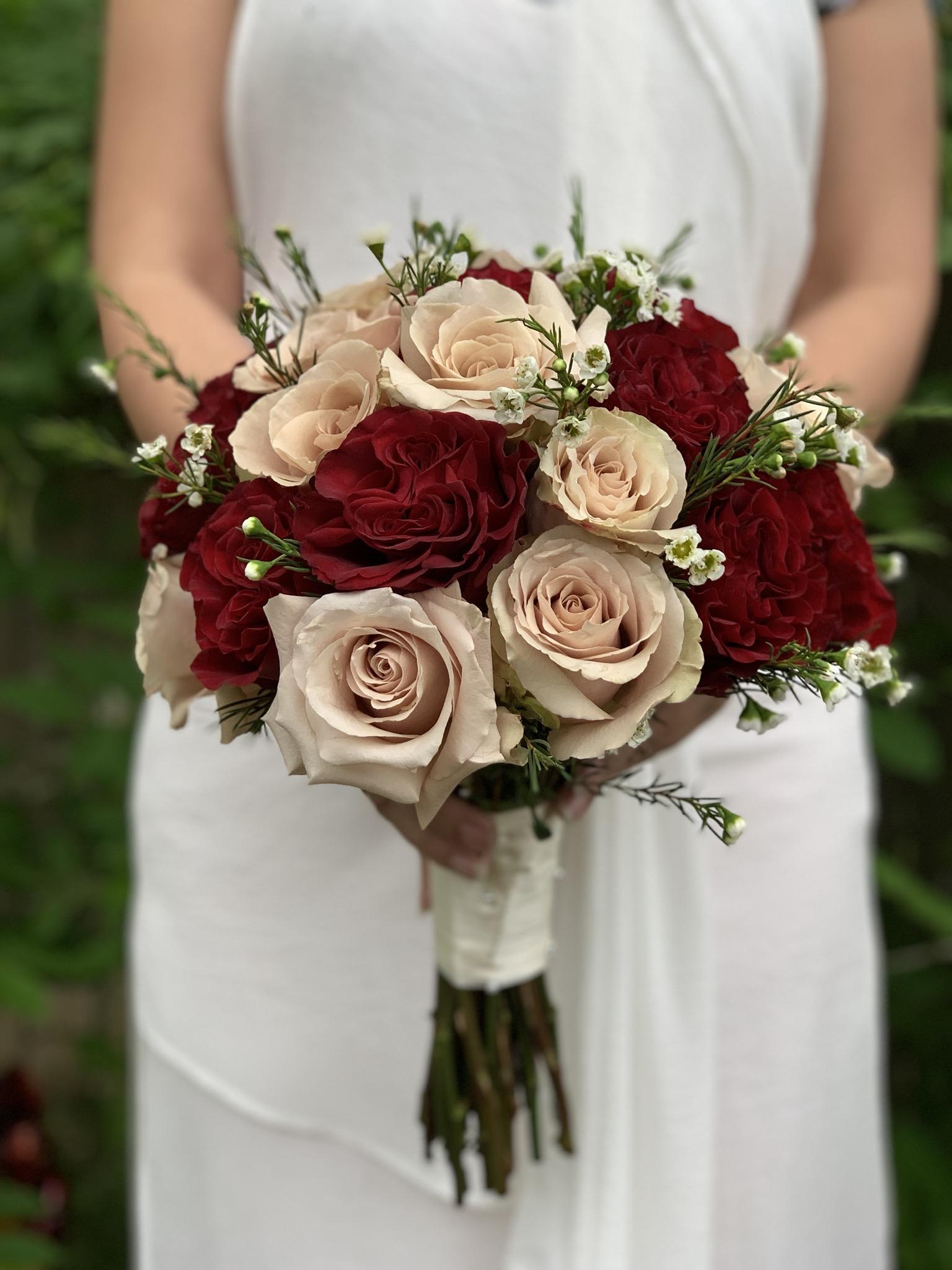 Champagne And Burgundy Bridal Bouquet Fresno Florist Signature Floral Designs Fresno Tx Flower Shop